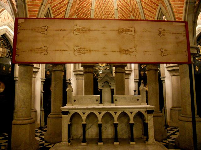 Interior de la cripta de la catedral de Sau Paulo